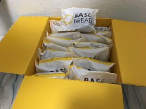 base-bread-hakogai